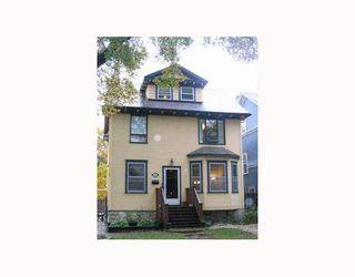Photo 2: 221 WALNUT Street in WINNIPEG: West End / Wolseley Single Family Detached for sale (West Winnipeg)  : MLS®# 2716783