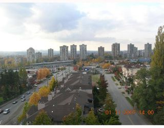 Photo 6: 803 551 AUSTIN Avenue in Coquitlam: Coquitlam West Condo for sale : MLS®# V676034