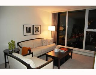 "Photo 2: 3605 1009 EXPO Boulevard in Vancouver: Downtown VW Condo for sale in ""LANDMARK 33"" (Vancouver West)  : MLS®# V684446"