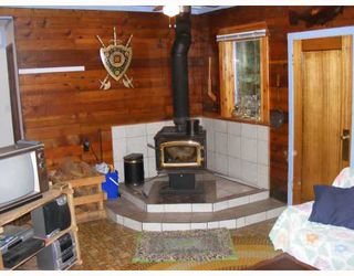 Photo 2: 296 MEEK Road in Keats_Island: Keats Island House for sale (Islands-Van. & Gulf)  : MLS®# V685326