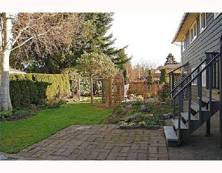 Photo 2: 1066 50B Street in Tsawwassen: Tsawwassen Central House for sale : MLS®# V693937