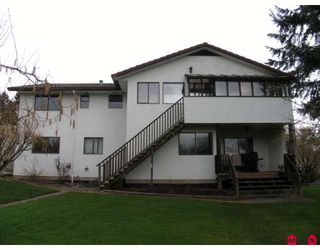 Photo 2: 15982 20TH Avenue in White_Rock: King George Corridor House Duplex for sale (South Surrey White Rock)  : MLS®# F2806522