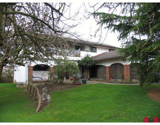 Photo 1: 15982 20TH Avenue in White_Rock: King George Corridor House Duplex for sale (South Surrey White Rock)  : MLS®# F2806522