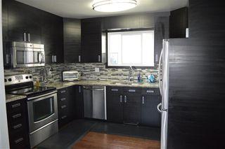 Photo 2: 7303 184 Street in Edmonton: Zone 20 House for sale : MLS®# E4169672