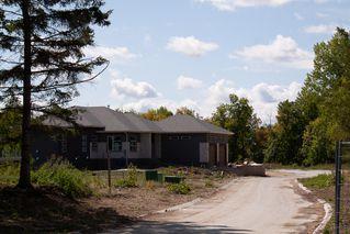 Photo 4: 3 740 John Bruce Road East in Winnipeg: Royalwood Condominium for sale (2J)  : MLS®# 1925010