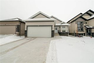 Photo 1: 63 Twickenham Circle in Winnipeg: River Park South Residential for sale (2F)  : MLS®# 202000932