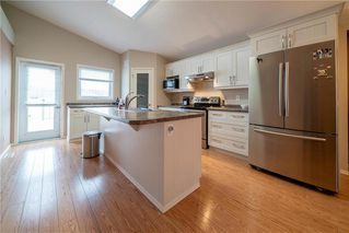 Photo 5: 63 Twickenham Circle in Winnipeg: River Park South Residential for sale (2F)  : MLS®# 202000932