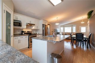 Photo 6: 63 Twickenham Circle in Winnipeg: River Park South Residential for sale (2F)  : MLS®# 202000932
