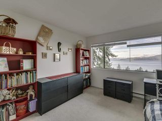 Photo 12: 438 CROSSCREEK Road: Lions Bay Townhouse for sale (West Vancouver)  : MLS®# R2434548