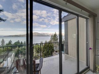 Photo 2: 438 CROSSCREEK Road: Lions Bay Townhouse for sale (West Vancouver)  : MLS®# R2434548