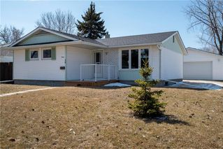 Photo 1: 30 Cherwell Road in Winnipeg: Southdale Residential for sale (2H)  : MLS®# 202007954