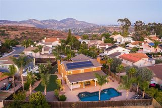 Photo 2: TIERRASANTA House for sale : 6 bedrooms : 11767 Invierno Dr in San Diego