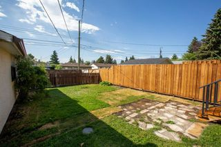 Photo 29: 4611 FORMAN Crescent SE in Calgary: Forest Heights Detached for sale : MLS®# A1024854