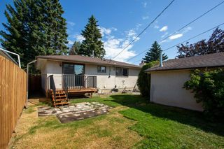 Photo 30: 4611 FORMAN Crescent SE in Calgary: Forest Heights Detached for sale : MLS®# A1024854