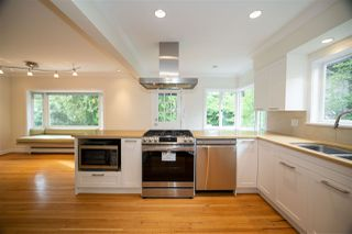 Photo 8: 6215 MACKENZIE Street in Vancouver: Kerrisdale House for sale (Vancouver West)  : MLS®# R2504338