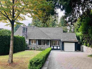 Main Photo: 6215 MACKENZIE Street in Vancouver: Kerrisdale House for sale (Vancouver West)  : MLS®# R2504338
