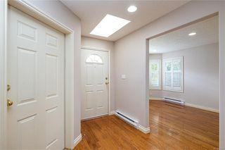 Photo 6: 1 4383 Torquay Dr in : SE Gordon Head Row/Townhouse for sale (Saanich East)  : MLS®# 858059