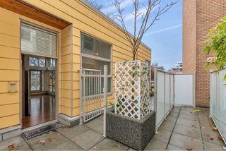 Photo 22: 204 240 Cook St in : Vi Fairfield West Condo for sale (Victoria)  : MLS®# 860364