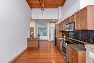 Photo 15: 204 240 Cook St in : Vi Fairfield West Condo for sale (Victoria)  : MLS®# 860364