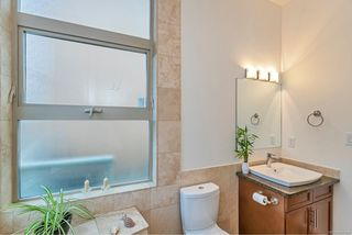 Photo 10: 204 240 Cook St in : Vi Fairfield West Condo for sale (Victoria)  : MLS®# 860364