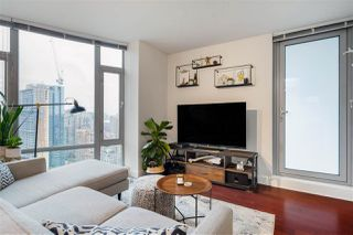 Photo 3: 2501 1255 SEYMOUR STREET in Vancouver: Downtown VW Condo for sale (Vancouver West)  : MLS®# R2513386