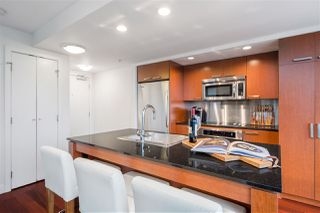 Photo 8: 2501 1255 SEYMOUR STREET in Vancouver: Downtown VW Condo for sale (Vancouver West)  : MLS®# R2513386