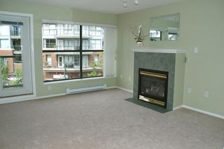 Photo 2: 305 260 NEWPORT DR in Port Moody: House for sale (North Shore Pt Moody)  : MLS®# V586137