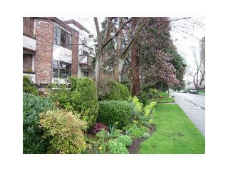 Photo 3: 301 1775 W 10 Avenue in Vancouver: Fairview VW Condo for sale (Vancouver West)  : MLS®# V884876