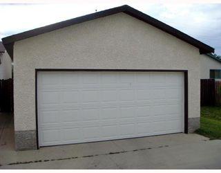 Photo 5: 128 ATWOOD Street in WINNIPEG: Transcona Single Family Detached for sale (North East Winnipeg)  : MLS®# 2714217