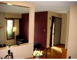 Photo 2: 128 ATWOOD Street in WINNIPEG: Transcona Single Family Detached for sale (North East Winnipeg)  : MLS®# 2714217