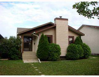 Photo 1: 128 ATWOOD Street in WINNIPEG: Transcona Single Family Detached for sale (North East Winnipeg)  : MLS®# 2714217