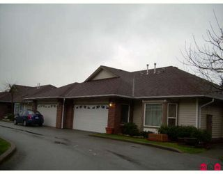 """Main Photo: 16 18939 65TH Avenue in Surrey: Cloverdale BC Townhouse for sale in """"Glenwood Gardens"""" (Cloverdale)  : MLS®# F2804120"""