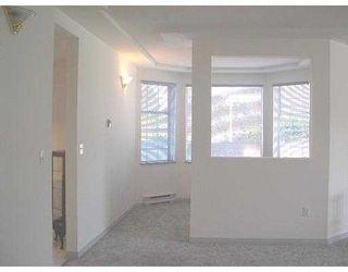 Photo 6: B208 482153rd  Street in Ladner: Hawthorne Condo for sale : MLS®# V580557