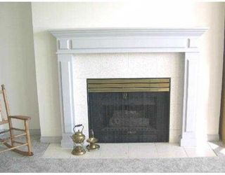 Photo 5: B208 482153rd  Street in Ladner: Hawthorne Condo for sale : MLS®# V580557