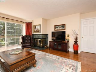 Photo 10: 5 901 Kentwood Lane in VICTORIA: SE Broadmead Row/Townhouse for sale (Saanich East)  : MLS®# 825659