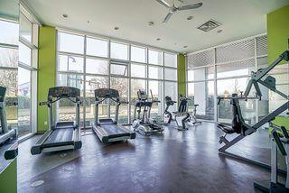 Photo 12: 1407-13618 100 Avenue in Surrey: Whalley Condo for sale : MLS®# R2417493