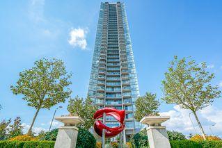Photo 1: 1407-13618 100 Avenue in Surrey: Whalley Condo for sale : MLS®# R2417493