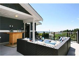 Photo 10: 459 GENOA Crescent in North Vancouver: Home for sale : MLS®# V855098