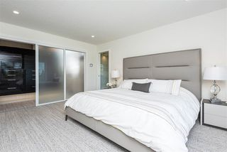 Photo 27: 697 HOWATT Drive in Edmonton: Zone 55 House for sale : MLS®# E4205647