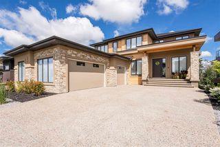 Photo 2: 697 HOWATT Drive in Edmonton: Zone 55 House for sale : MLS®# E4205647