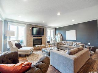 Photo 3: 321 Avon Drive in Regina: Gardiner Park Residential for sale : MLS®# SK819500