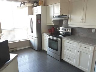 Photo 4: Ph 07 11 Thorncliffe Park Drive in Toronto: Thorncliffe Park Condo for sale (Toronto C11)  : MLS®# C4861334