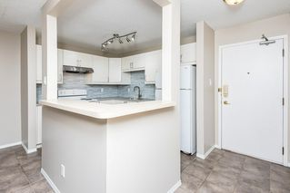 Photo 10: 202 9810 178 Street in Edmonton: Zone 20 Condo for sale : MLS®# E4210080
