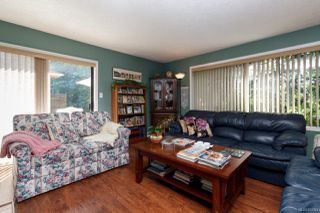 Photo 4: 12 639 Kildew Rd in : Co Hatley Park Row/Townhouse for sale (Colwood)  : MLS®# 852344