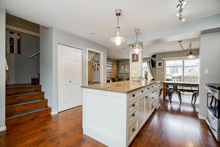 "Photo 7: 546 CARLSEN Place in Port Moody: North Shore Pt Moody Townhouse for sale in ""Eagle Point"" : MLS®# R2495097"
