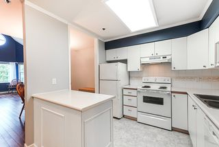 """Photo 5: 311 5375 VICTORY Street in Burnaby: Metrotown Condo for sale in """"The Courtyard"""" (Burnaby South)  : MLS®# R2498035"""