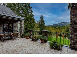 Photo 6: 5442 EXTROM Road in Chilliwack: Ryder Lake House for sale (Sardis)  : MLS®# R2510325