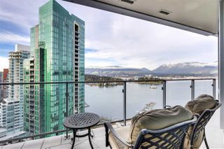 "Photo 17: 2003 1077 W CORDOVA Street in Vancouver: Coal Harbour Condo for sale in ""SHAW TOWER-COAL HARBOUR WATERFRONT"" (Vancouver West)  : MLS®# R2526230"