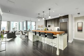 "Photo 7: 2003 1077 W CORDOVA Street in Vancouver: Coal Harbour Condo for sale in ""SHAW TOWER-COAL HARBOUR WATERFRONT"" (Vancouver West)  : MLS®# R2526230"