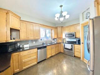 Photo 6: 350 16th Street in Brandon: University Residential for sale (A05)  : MLS®# 202100555